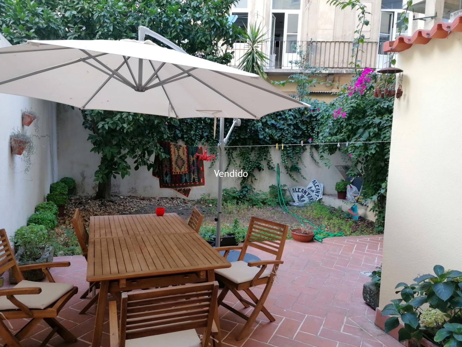 Apartamento T2 com Terraço  de 61m2 e Jardim em Arroios – Lisboa
