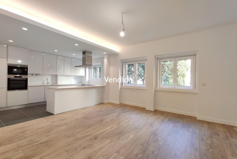 Apartamento T3 Renovado no Bairro de Alvalade